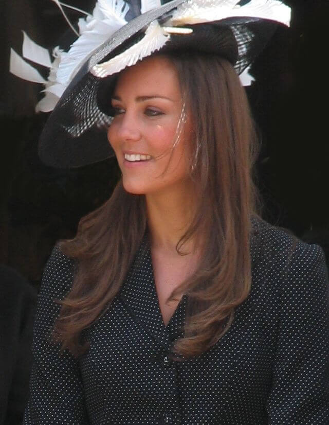 kate_middleton_at_the_garter_procession_2008